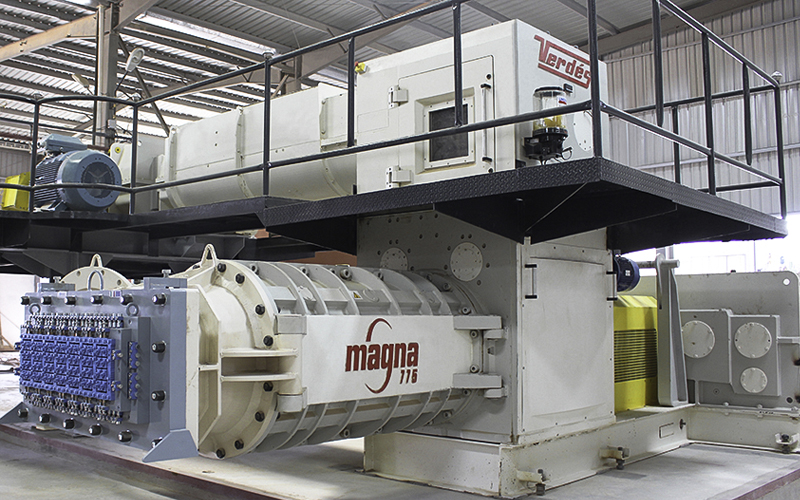 Verdés machines for grinding, mixing and extrusion of clay and minerals